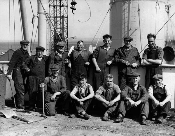 Henry Robb Shipwrights c.1940
