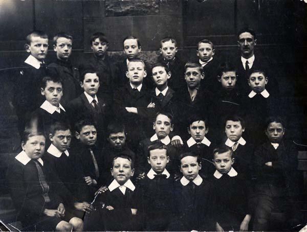 Unknown School Class Portrait c.1910