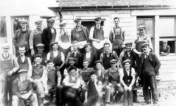 Group Portrait Joiners 1920s