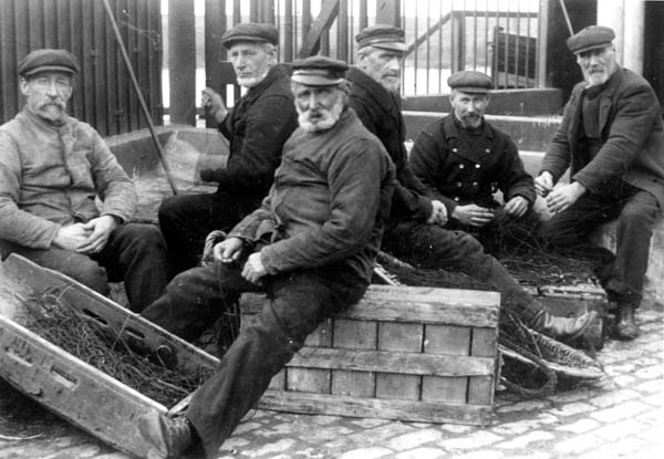 Newhaven Fishermen Mending Nets 1920s