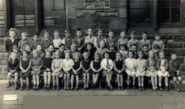 Lorne Street School Class Portrait 1945-46