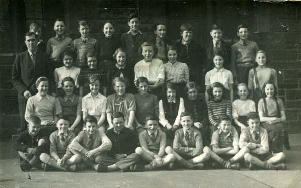 Lorne Street School Class Portrait 1951-52