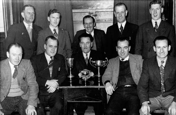 Leith Darts League Dalmeny Bar And Coburg Bar 1950-51