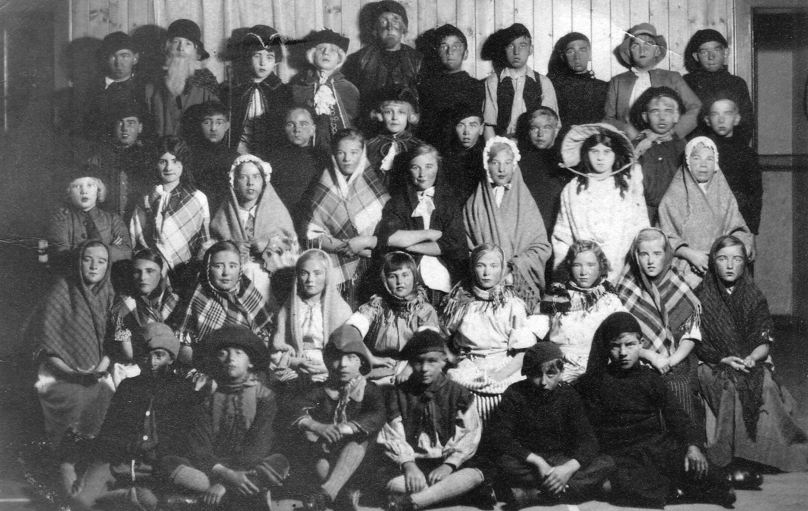 Children Dressed Up For Show 1930s