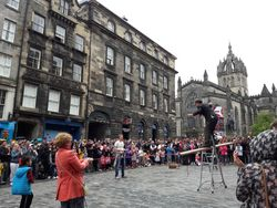 Street performer and crowd, Fringe Festival