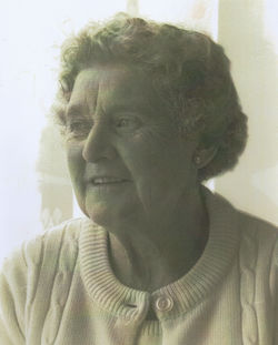 A lovely photo of my mum Ena Turner aged 84, taken in her Well Court, Dean Village House.