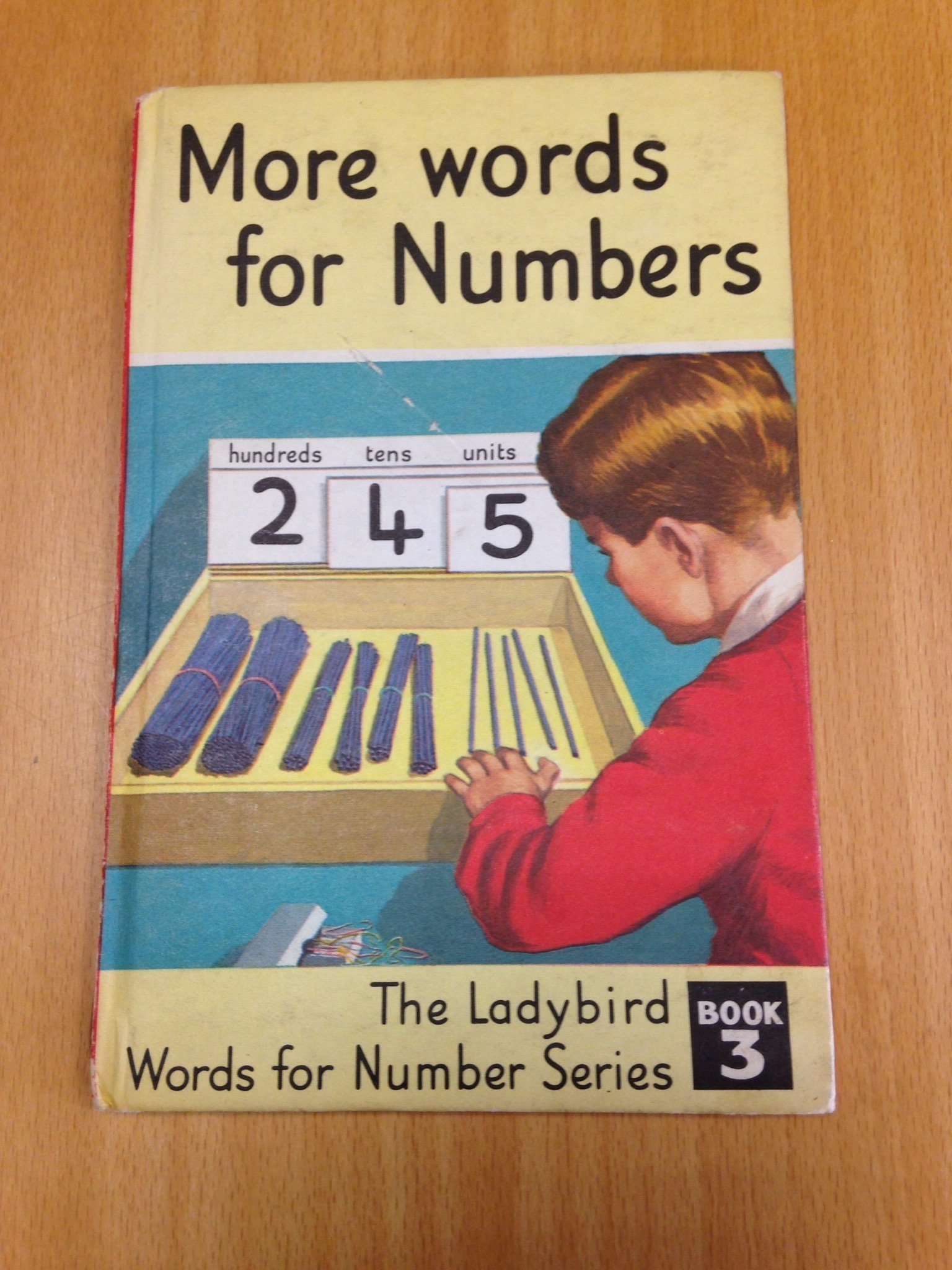More words for numbers ladybird book