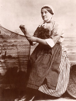 Studio Portrait Newhaven Fishwife Mending Net c.1900