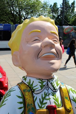 Oor Wullie's Bucket Trail - Flowers of Scotland
