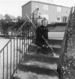 Clearing the snow, Oxgangs