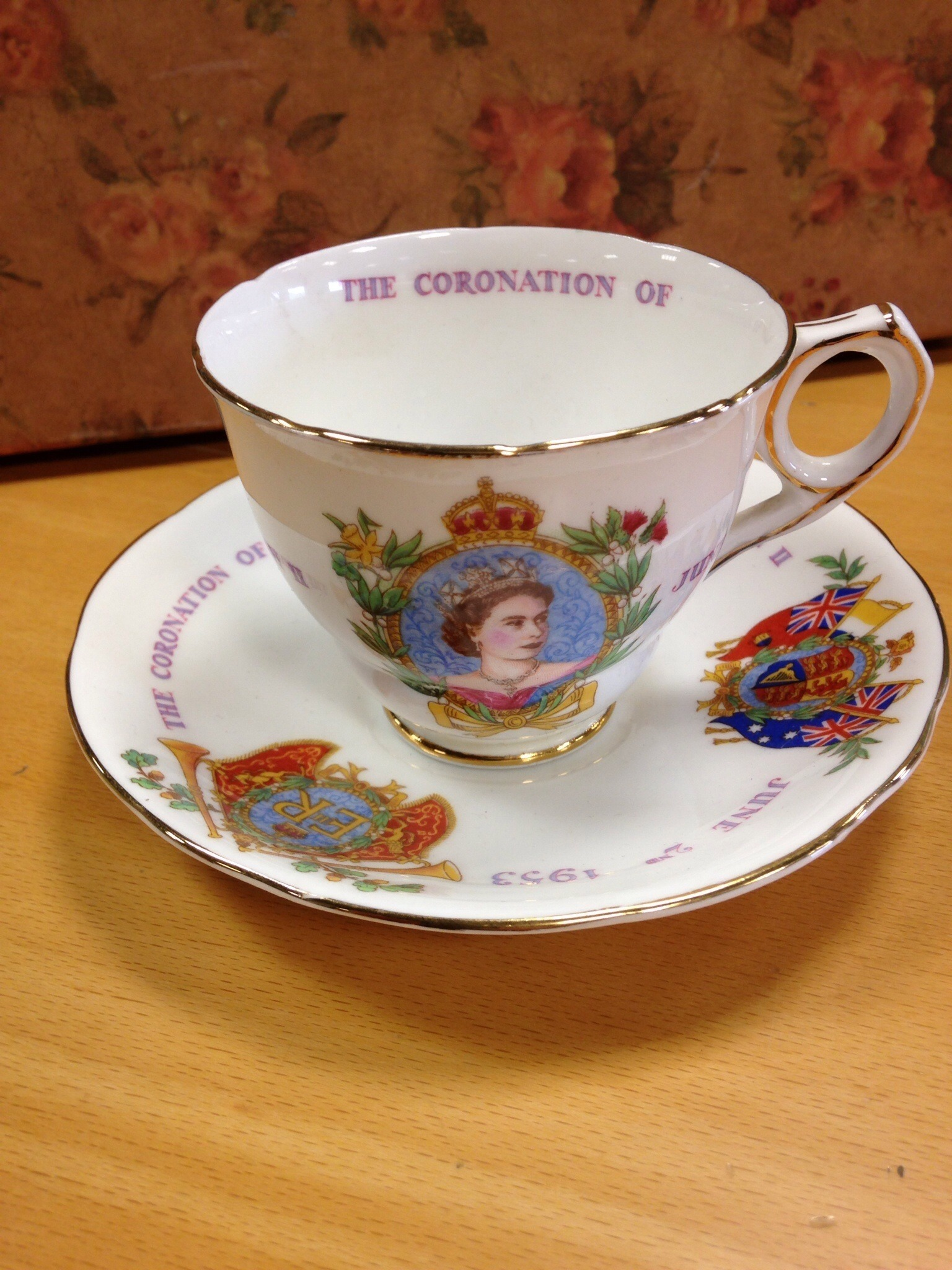 Cup and saucer to commemorate the coronation of Queen Elizabeth II
