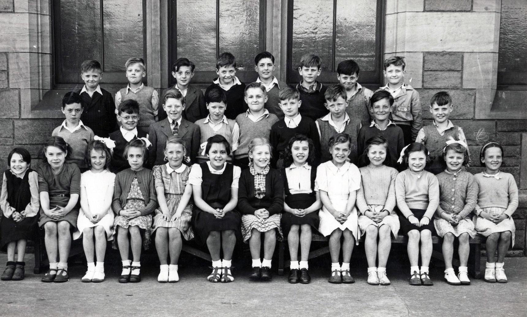 Bonnington Road School Class Portrait c.1947