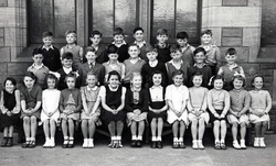 Bonnington Road School Class Portrait c.1947