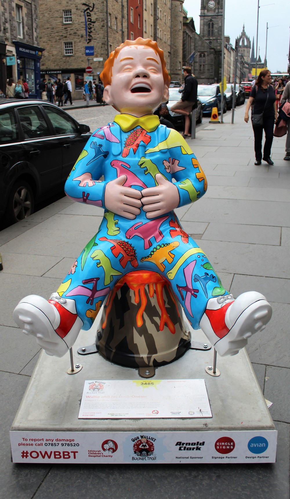 Oor Wullie's Bucket Trail - Wullie and his Dino Onsie