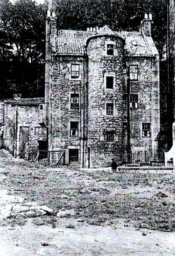 """This tenement we called """"Mrs Weir's House"""" She lived in this 5 storey high"""