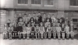 Sciennes Primary School Class Portrait c.1946