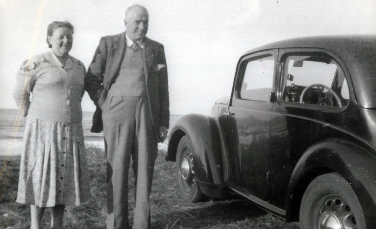 Couple Standing By Car Out On A Trip To Pease Bay c.1954