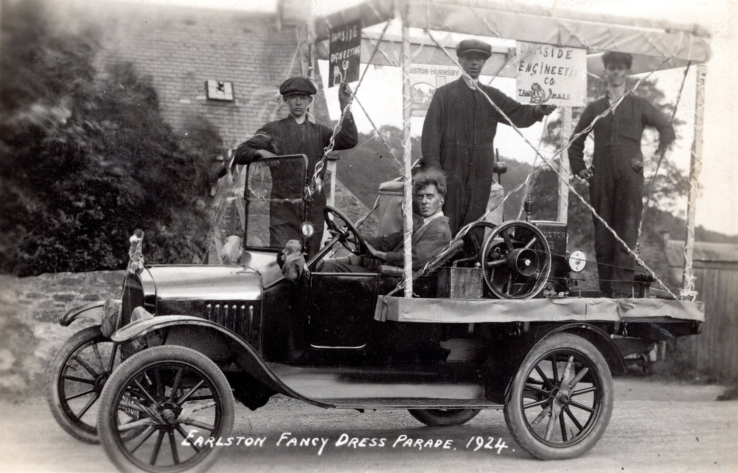 Earlston Fancy Dress Parade Float 1924