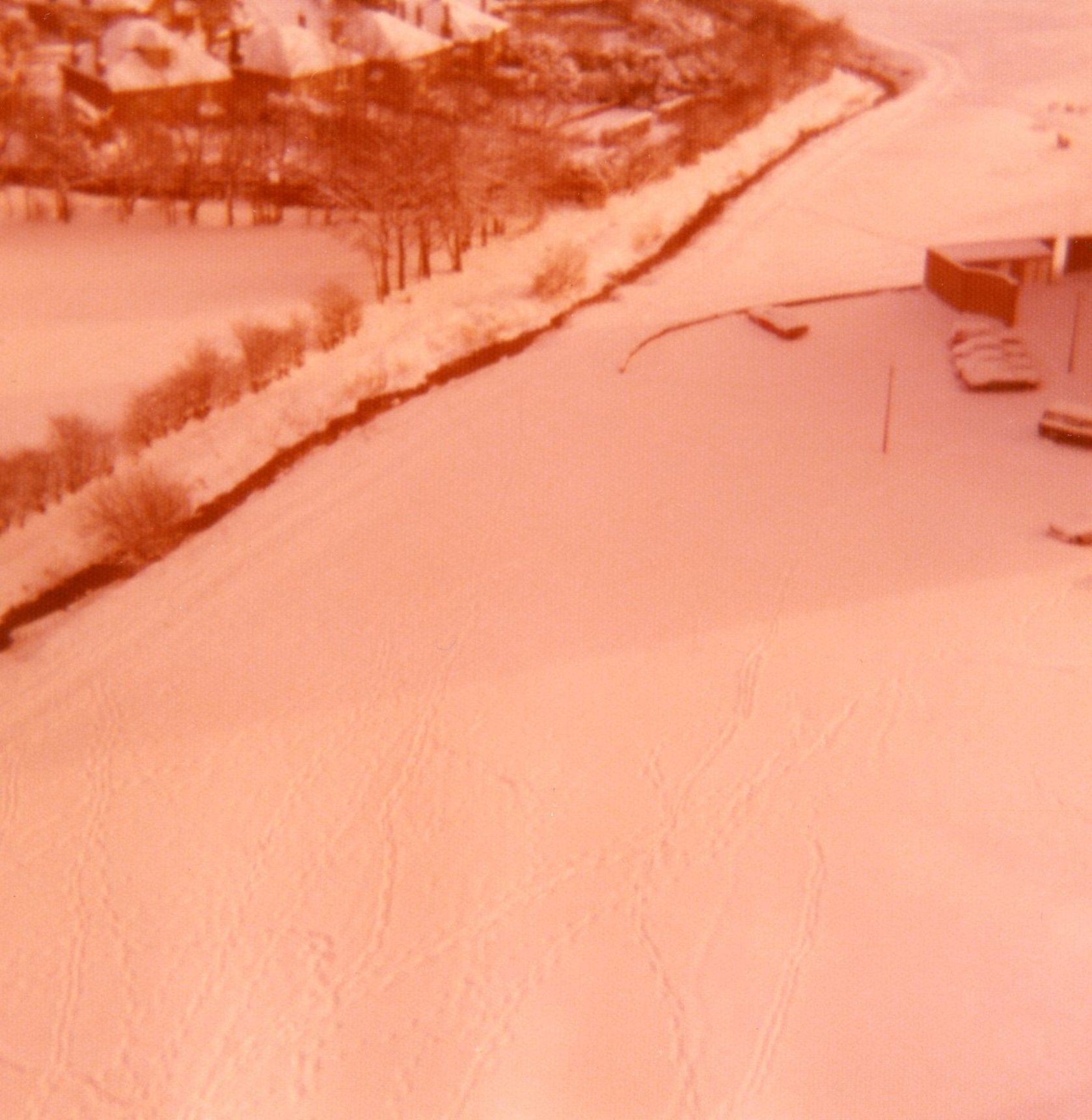 Heavy snowfall at Oxgangs