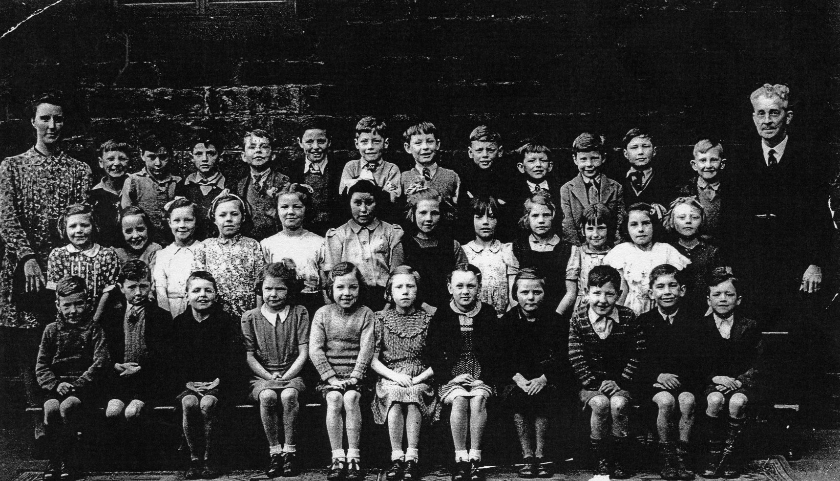 Dr Bell's Primary School Class Portrait 1950