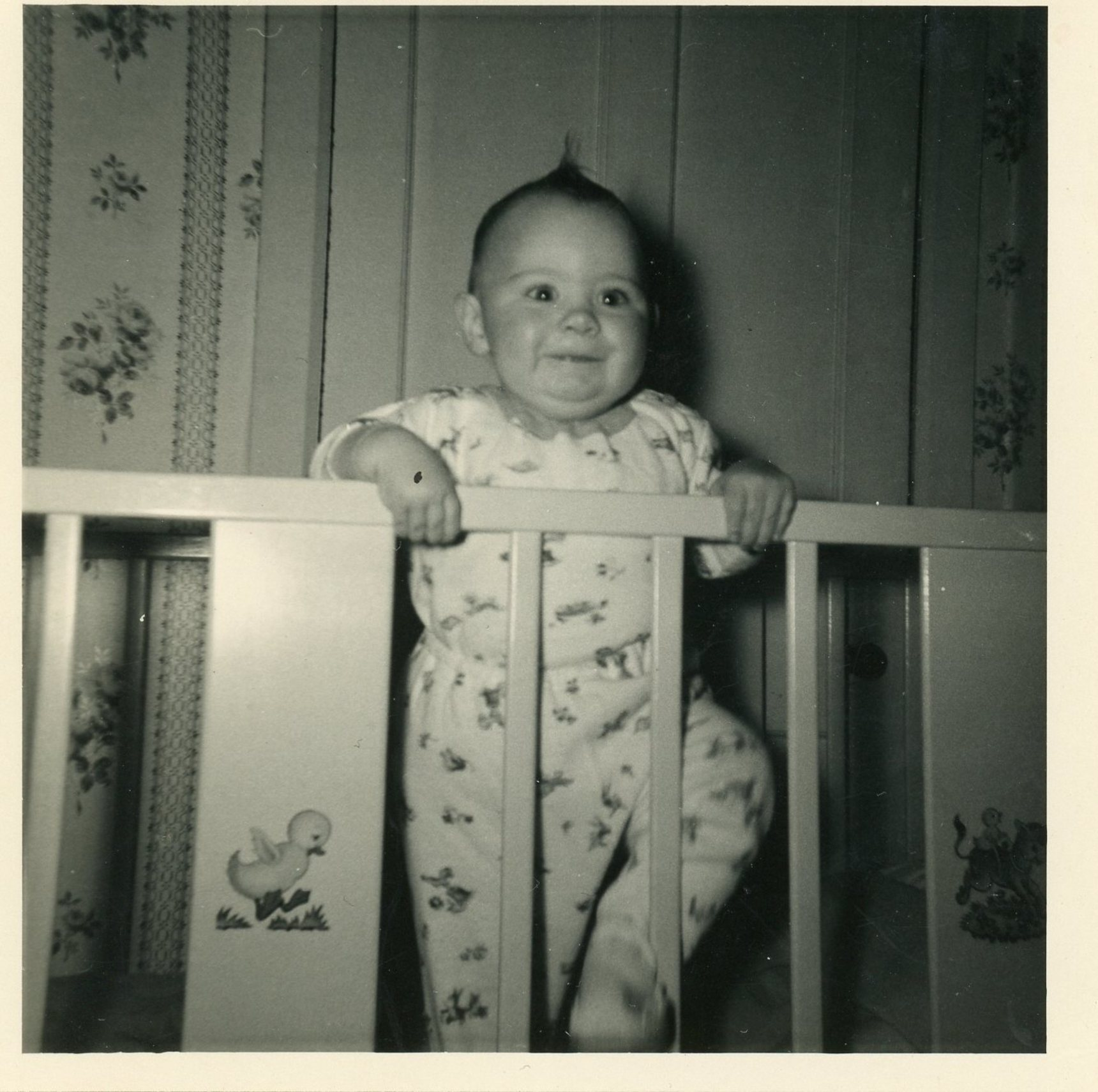 Baby in cot, Oxgangs