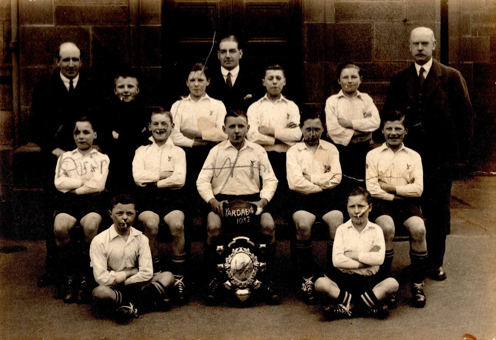 Yardheads School Football Team 1932