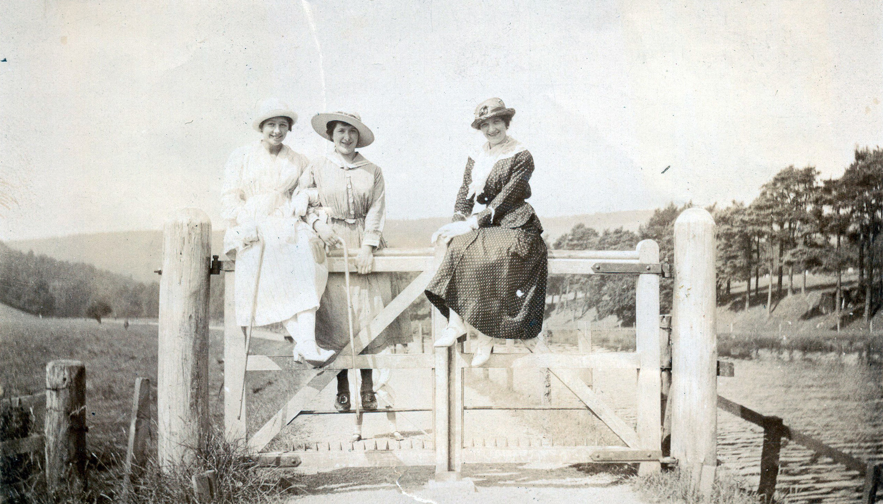 Three Women Out For Walk In Countryside Sitting On Gate c.1920