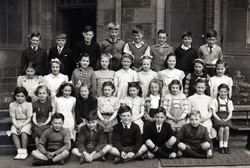 North Merchiston Primary School Class Portrait c.1949