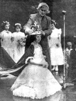 Crowning Of West Pilton Gala Queen, June 1957