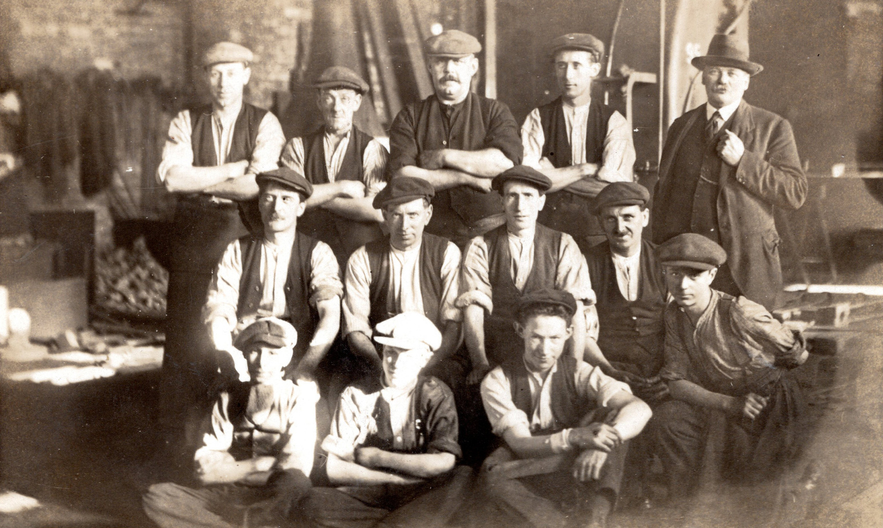 Group Of Workers Unidentified Occupation 1910s