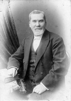 Studio Portrait Victorian Gentleman 1870s