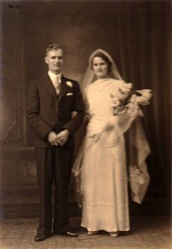 Shetland Couple Just Married 1937