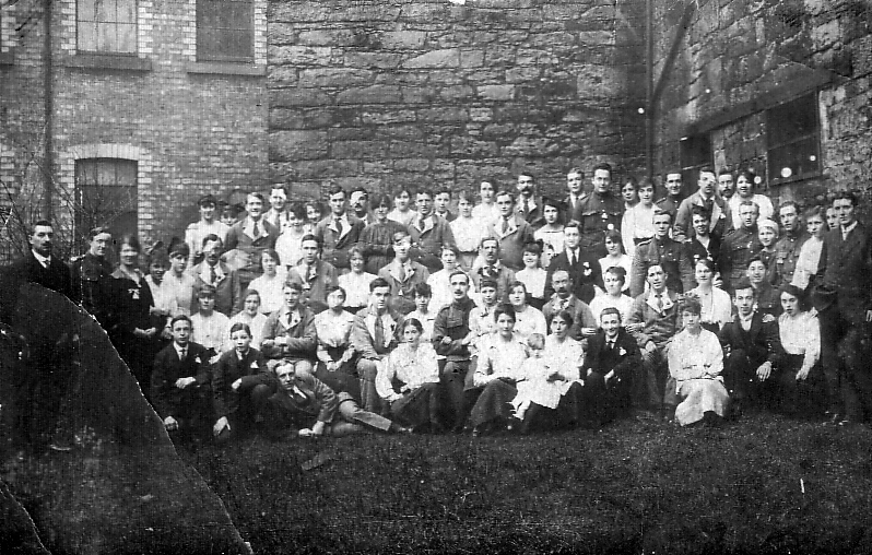 Convalescent Soldiers With Family And Visitors c.1916