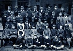 Unidentified School Class Portrait 1940s