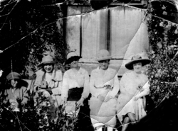 Group Of Women Sitting In The Garden 1920s