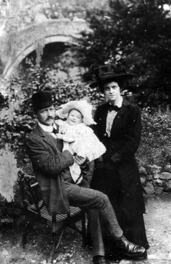 Young Edwardian Family Out For Stroll 1900s