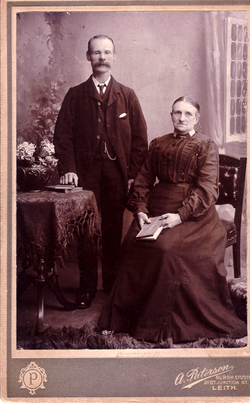 Studio Portrait Edwardian Couple 1900s
