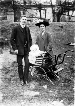 Edwardian Couple With Young Child In Pushchair Pram c.1912
