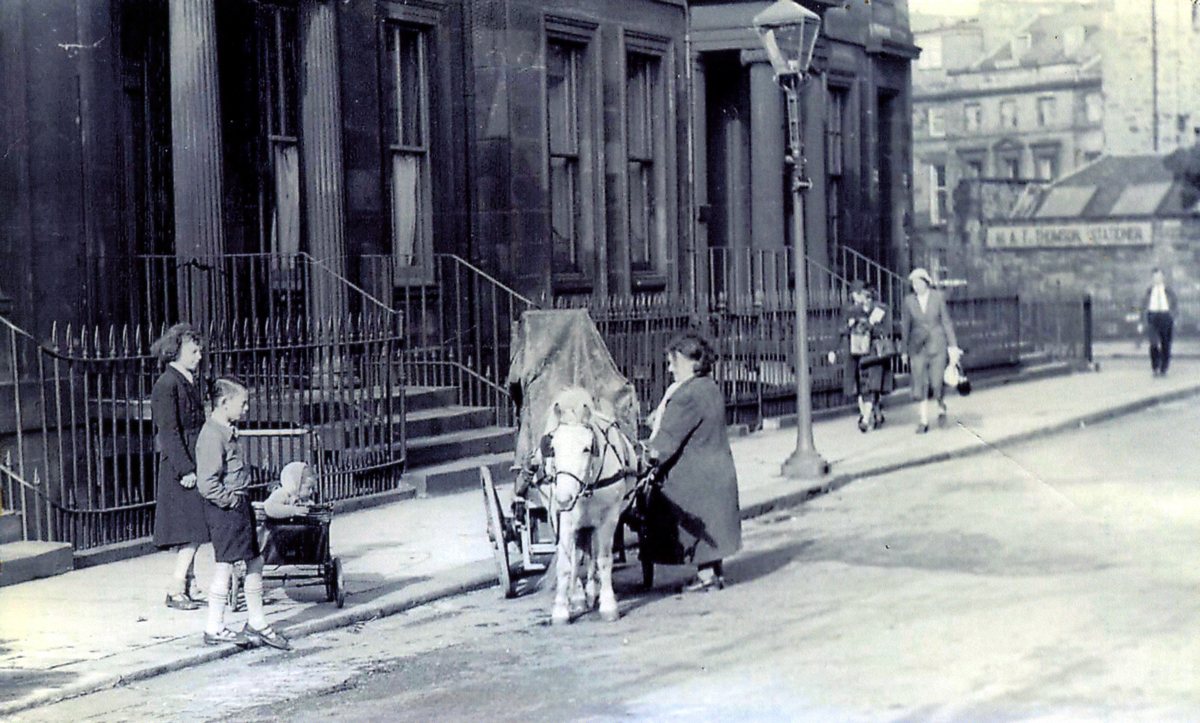 Street Musician With Barrel Organ And Pony 1940s