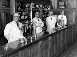 Barstaff Of The Horseshoe Bar In Cockburn Street 1950s