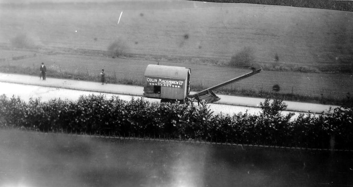 Heavy Machinery On Pentland Terrace c.1934