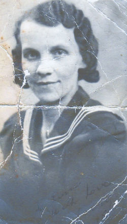 Margaret Lee - My Mum's photograph taken before she was married.