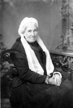 Studio Portrait Elderly Victorian Lady 1880s