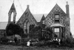 Interesting Unidentified House 1900s