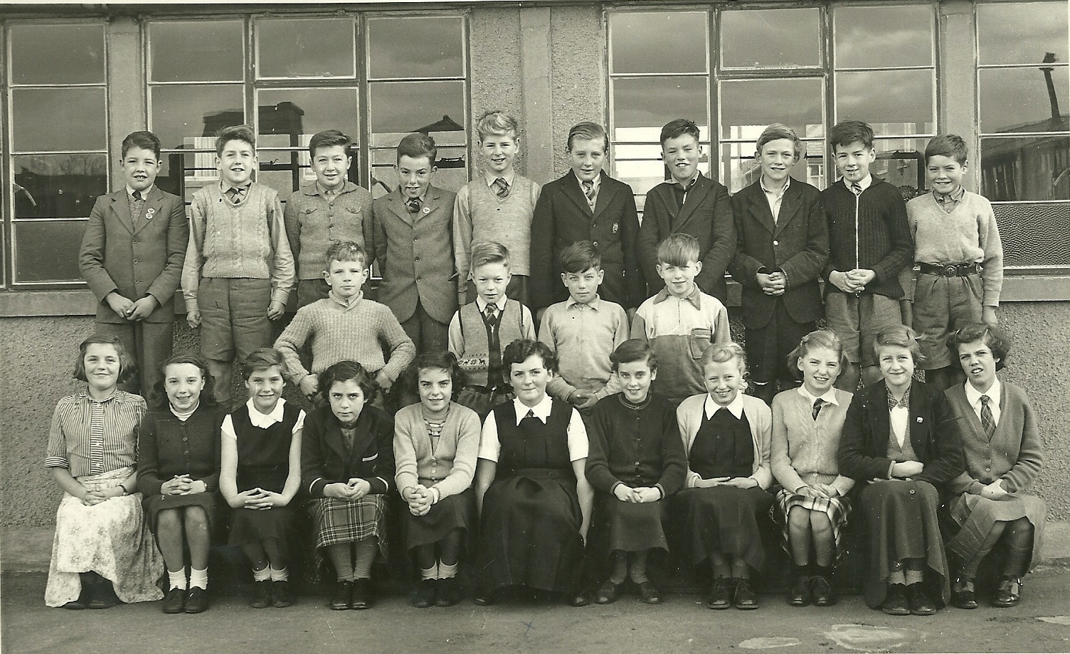 Christine Laidlaw and Class of 1955 Wester Hailes School
