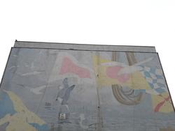 Sea birds mural, opposite Linksview House