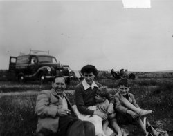Family Day Trip To The Beach 1950