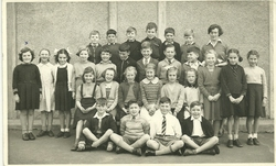 Christine Laidlaw and Class of 1952/53 Wester Hailes Primary School