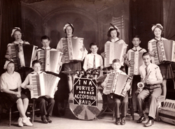 Ina Purves And Her Accordion Band c.1940