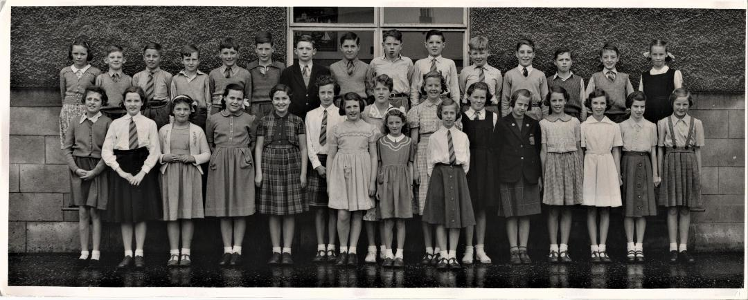 Murrayburn Primary School - Class 7B2 (1955)
